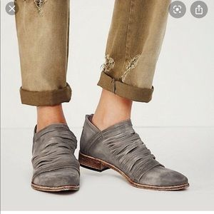 Free People Lost Valley Gray Ankle Boots 39
